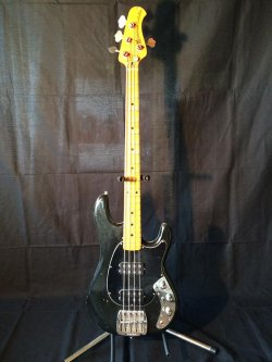 Music man Sabre Bass 1978
